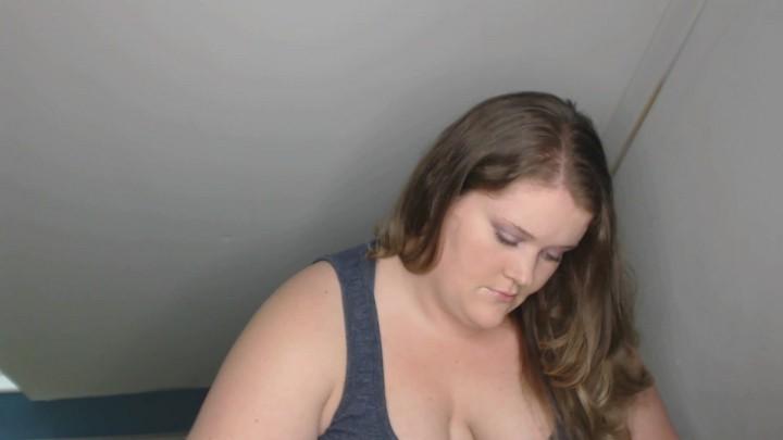 [Full HD] Goddesslisa Lux Playing A Game And Ignoring You GoddessLisa_Lux - ManyVids-00:07:10 | Fetish,Femdom - 180,5 MB