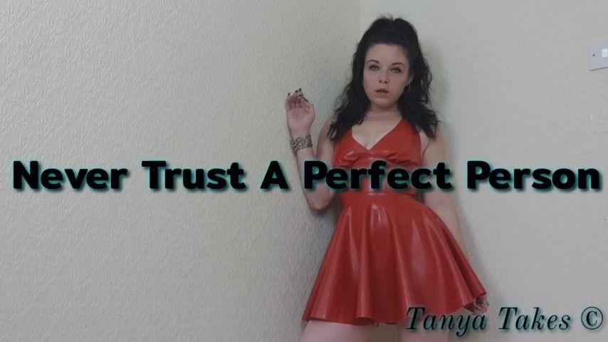 [WQHD] Goddesst Never Trust A Perfect Person GoddessT - ManyVids-00:05:56   Face Slapping,Femdom POV,Goddess Worship,Latex,Smoking - 678,9 MB