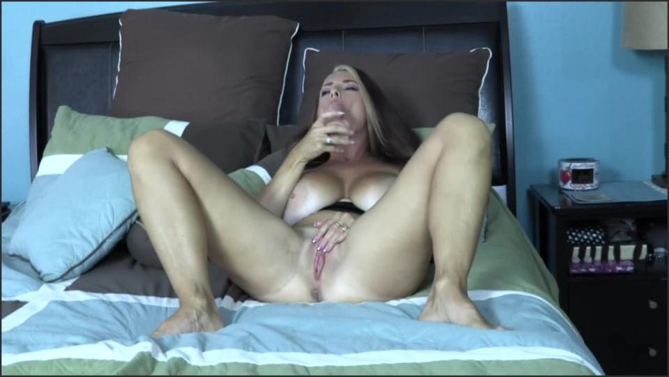 [HD] Goldie Blair Mummy Is A Whore GOLDIE BLAIR - ManyVids-00:11:27   Dildo Fucking, Taboo, Big Boobs, MILF, Masturbation - 422,7 MB