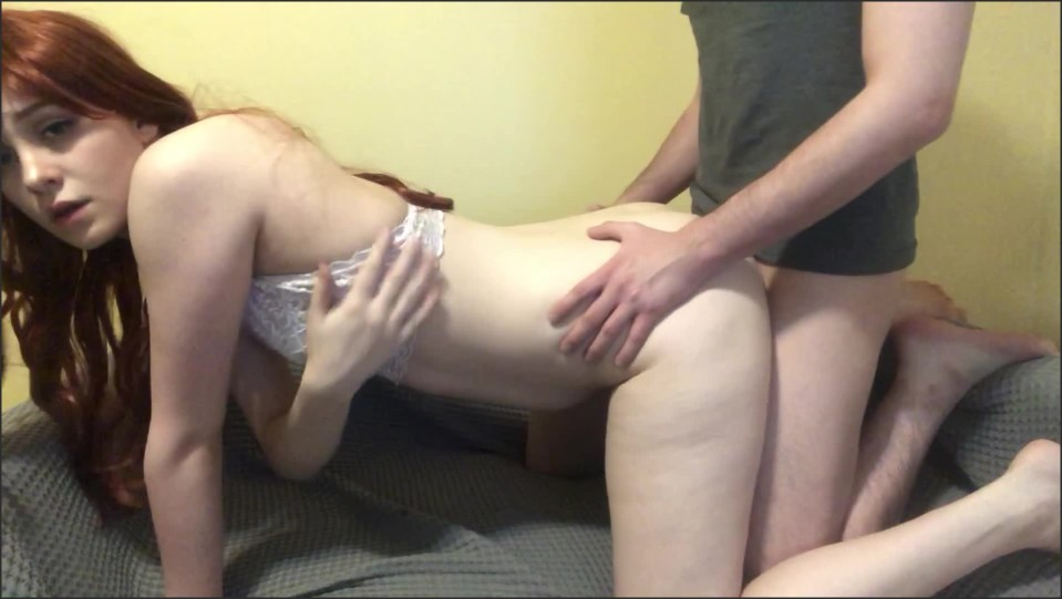[Full HD] Gwentai Redhead Teen Gets Pussy Filled With Cum Gwentai - ManyVids-00:10:55 | Blowjob, Creampie, Doggystyle, Redhead, Teens - 674,1 MB