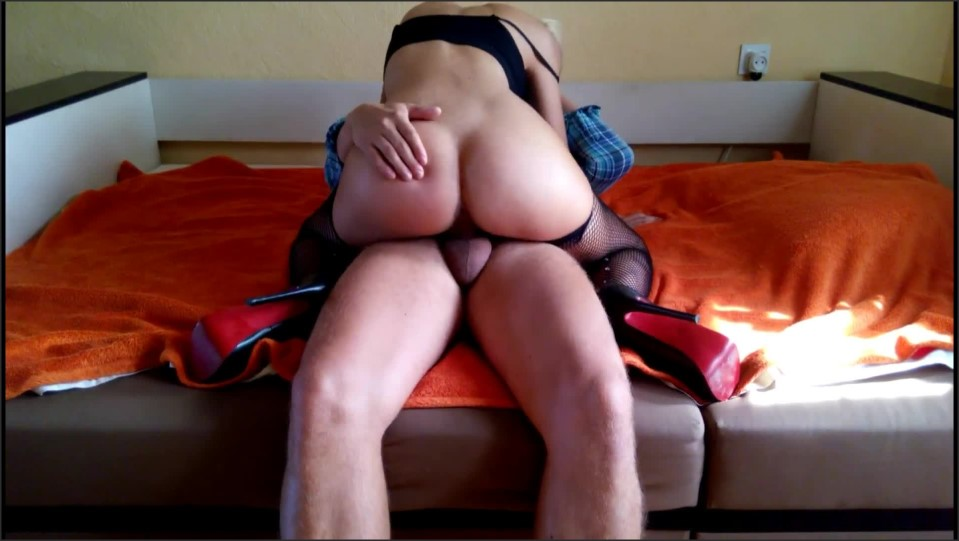[Full HD] helena moeller big ass rides a dic Helena Moeller - Manyvids-00:02:57 | Size - 99,6 MB