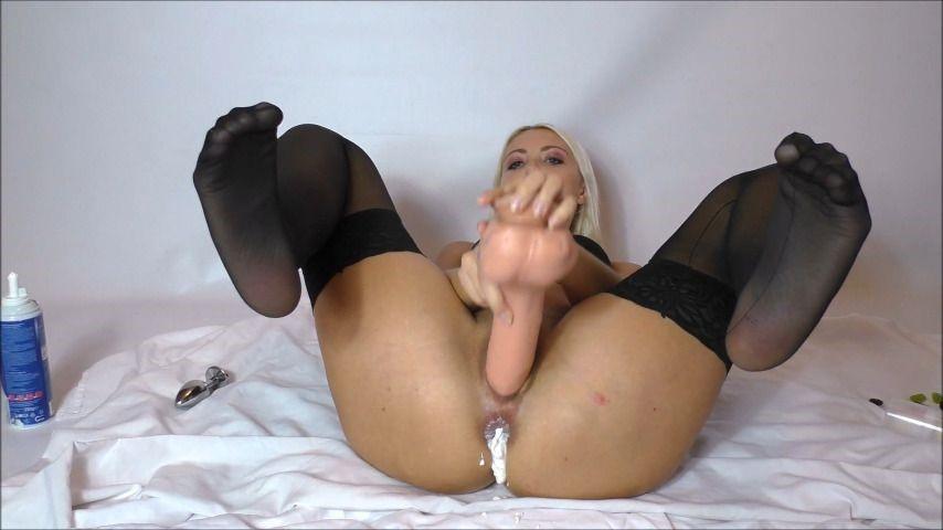 [Full HD] Helena Moeller Fucking Pussy With Whipped Cream In Ass Helena_Moeller - ManyVids-00:13:25 | Whipped Cream Fetishh,Anal Masturbation,Dildo Fucking,Ass Fetish,Hardcore - 498,8 MB