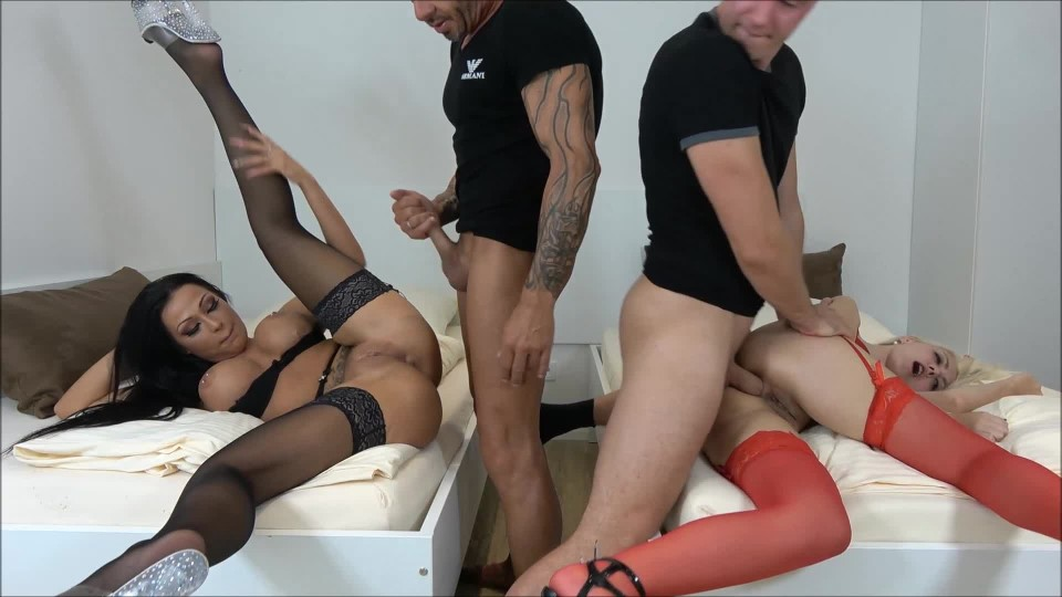 [Full HD] helena moeller group sex anal fucking and creampies Helena Moeller - ManyVids-00:10:38   Anal,Big Tits,Creampie,Group Sex,Older Man / Younger Women - 396,2 MB