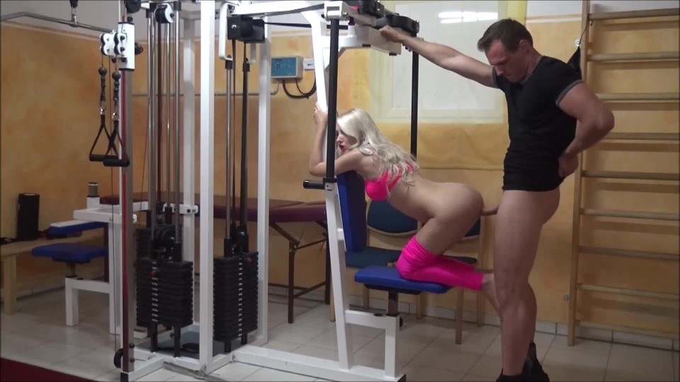[Full HD] helena moeller sex with my fitness trainer at the gym Helena Moeller - ManyVids-00:06:42 | Workout/Gym,Public Blowjob,POV,Fitness,Creampie - 249,4 MB