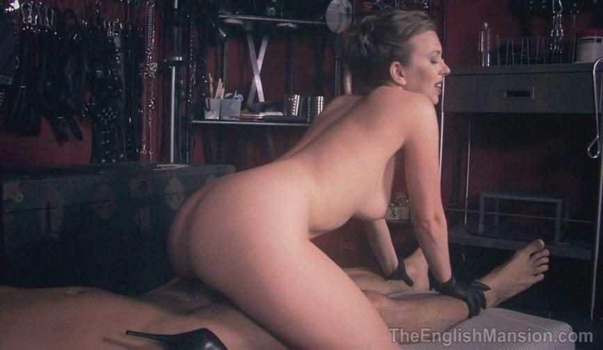 Her Sex Slave Mistress T