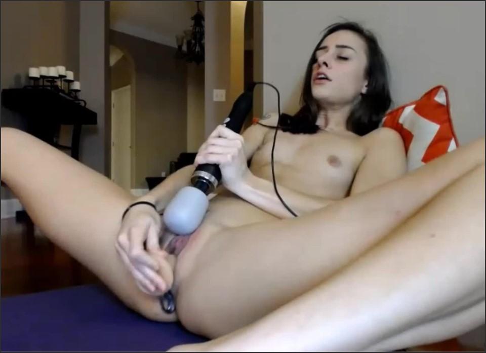 [HD] Holihurricane Live Squirt Show HoliHurricane - ManyVids-00:35:46   Butt Plug, Dildo Fucking, Masturbation, Solo Female, Squirting - 934,4 MB
