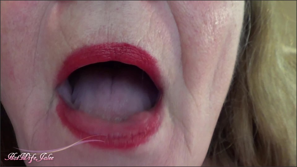 [Full HD] Hotwifejolee Open Mouth Tour Red Lips HotWifeJolee - ManyVids-00:05:32 | Mouth Fetish, Tongue Fetish, Teeth, Fetish, Extreme Close-Ups - 614,8 MB