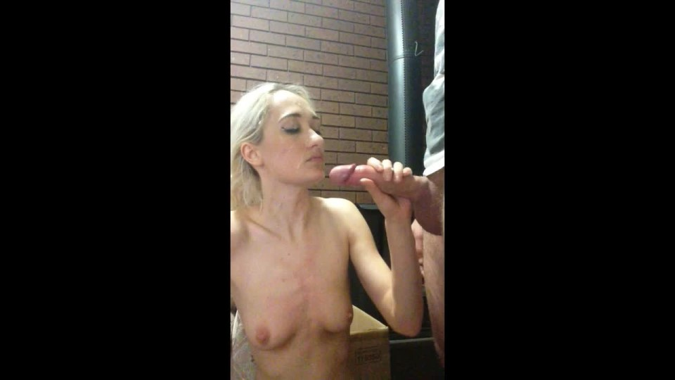 Jaycehardy Bj And Cum Splattered By The Fireplace