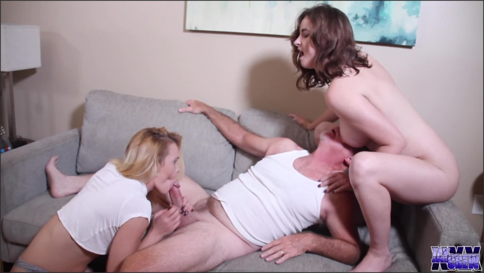 [Full HD] jaycrew57 noise complaint JayCrew57 - ManyVids-00:19:27   Older Man / Younger Women, Group Sex, Fucking, Threesome, XXX Hardcore - 1,4 GB