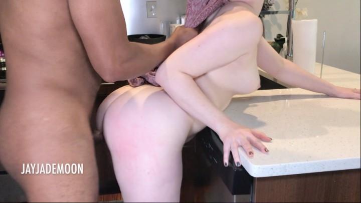 [Full HD] Jayjademoon Whats Under That Dress JayJadeMoon - ManyVids-00:20:14 | BBC,Big Ass,Interracial,PAWG,Redhead - 1,4 GB