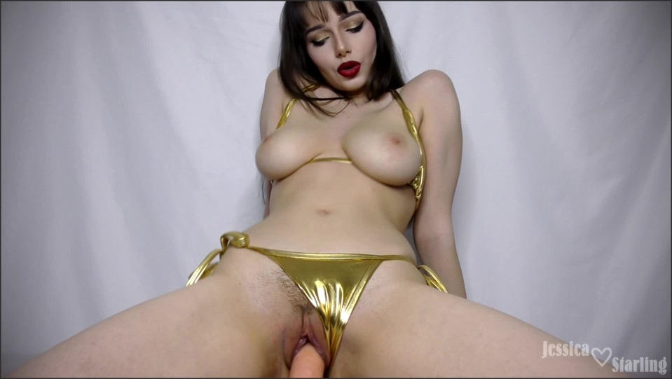 [Full HD] jessica starling custom gold bikini fucking and riding Jessica Starling - ManyVids-00:18:27   Bikini, Cumshots, Dildo Fucking, Riding, Titty Fucking - 2 GB