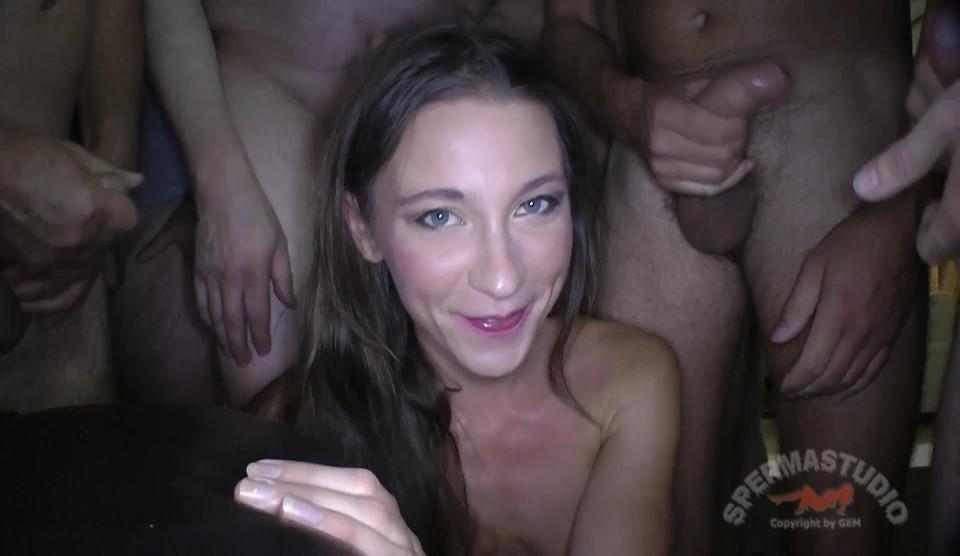 [Full HD] Julie SkyHigh Love Fuck And Cum Julie SkyHigh - Sperma-Studio.Com &Amp; Gem-Film.Com-00:42:39 | Gangbang, Bukkake, Anal, Blowjobs, Creampie - 3,1 GB
