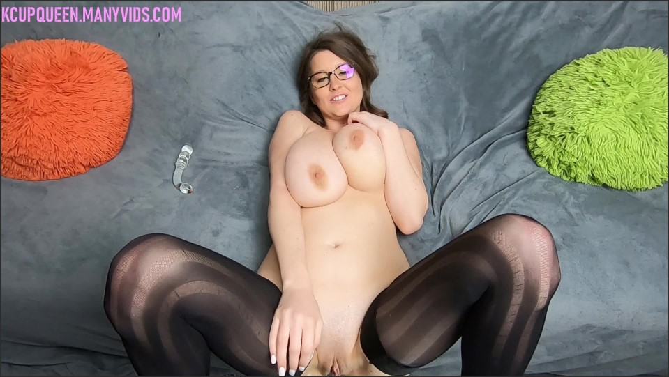 [Full HD] Kcupqueen Joi While I Squirt Over And Over KCupQueen - ManyVids-00:11:10 | Fingering, Glass Dildos, Huge Tits, JOI, Squirting - 3 GB