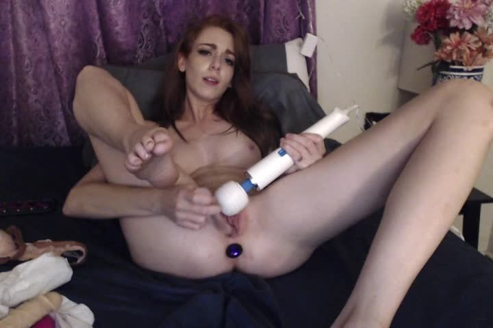 [SD] Kittykendall Masturbating Alone At Home Mmm Kittykendall - ManyVids-00:06:54 | Masturbation, Redhead, Pussy Spreading, Feet, Glass Dildos - 139,6 MB