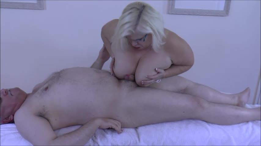[SD] Laceystarr Massage Slut Gets It On With Client LaceyStarr - ManyVids-00:25:21 | Big Tits, Blowjob, Facials, Massage, Small Dicks - 805,2 MB