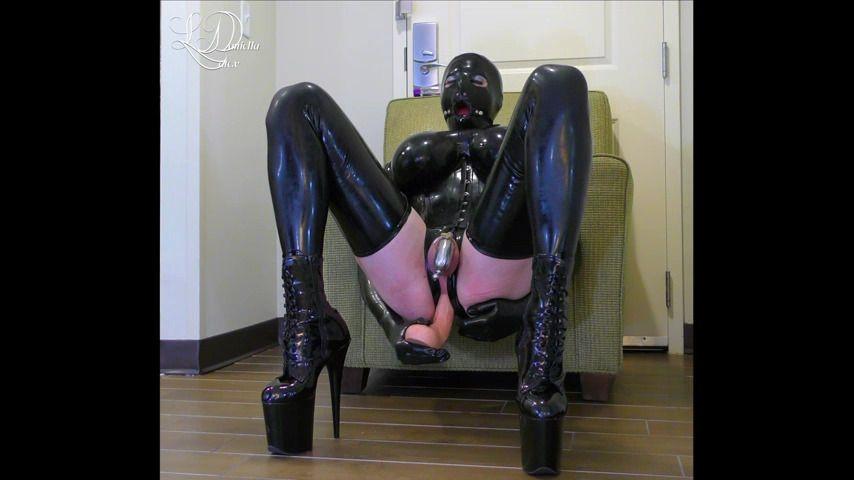 [Full HD] Latex Daniella Chastity Anal Milking Amp Ring Gag Lap Up Latex Daniella - ManyVids-00:08:06 | Ballgagged, Cum Swallowers, Key Holding &Amp;Amp; Chastity, Prostate Massage, Ruined Orgasms - 1,1 GB