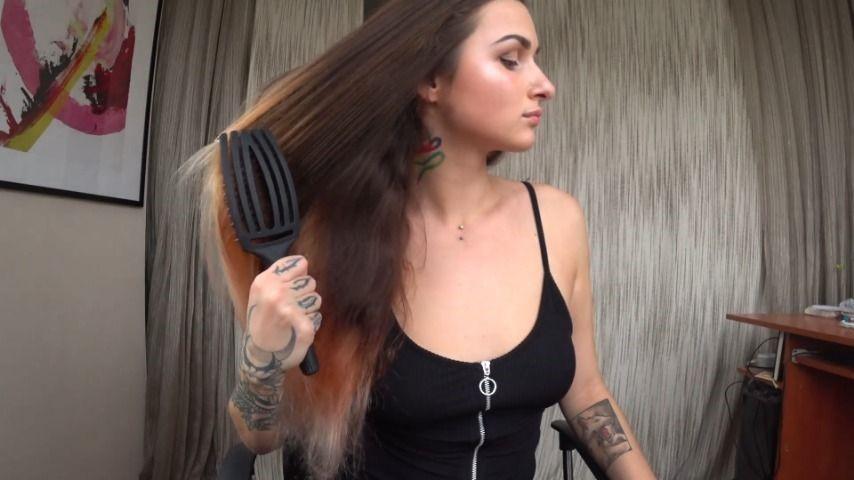 [Full HD] Marysweeeet Brushing My Long Hair 9 MarySweeeet - ManyVids-00:05:15 | Long Hair,Hair,Hair Brush,SFW - 469,7 MB