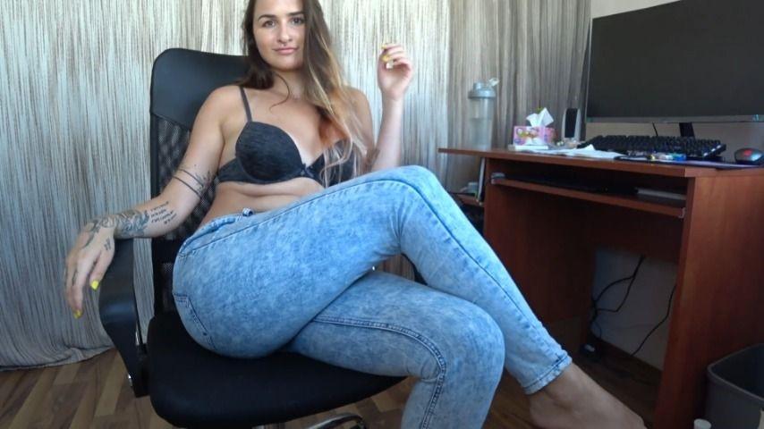 Marysweeeet Sexy Crossed Legs 15