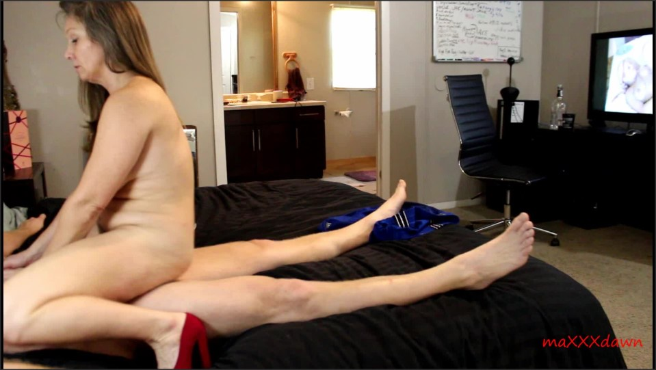 [Full HD] Maxxxdawn Shame On You She S Your Sister Maxxxdawn - ManyVids-00:14:47 | Cougar, MILF, Role Play, Squirt, Taboo - 1,4 GB