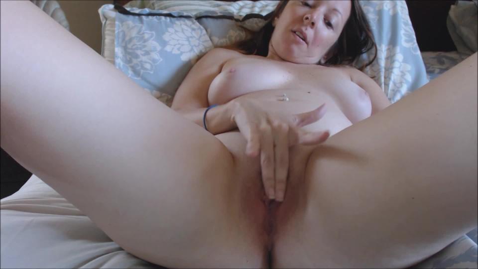 [Full HD] Melaniesweets Having Fun With My Pink Hitachi MelanieSweets - ManyVids-00:05:49 | Solo Masturbation,Vibrator,Latina,Brunette,Orgasms - 387,3 MB