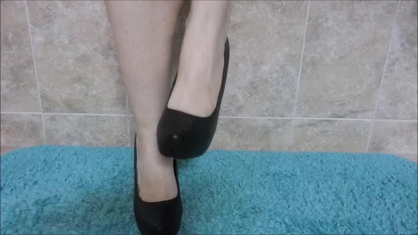 [Full HD] Melaniesweets High Heels Legs And Panty Tease MelanieSweets - ManyVids-00:05:47   High Heels,Panty Fetish,Legs,Calves,Amateur - 804,6 MB