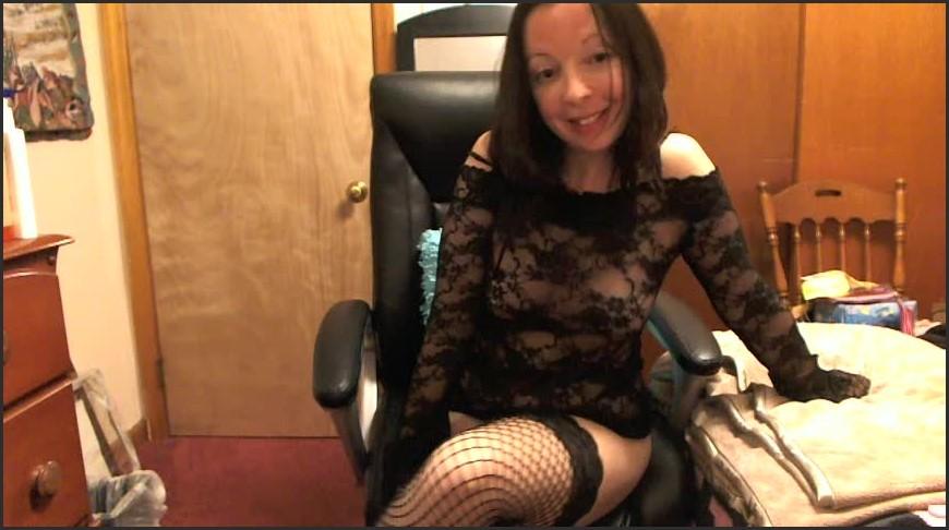 [SD] Melaniesweets Legs Crossing Fetish MelanieSweets - ManyVids-00:05:38 | Brunette,Femdom,Fetish,Lace/Lingerie,Webcam - 85,7 MB