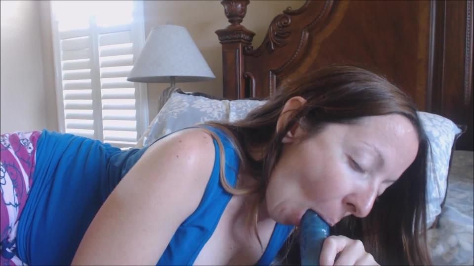[Full HD] Melaniesweets Midnight Bj On My Boss MelanieSweets - ManyVids-00:06:18   Dildo Sucking,Latina,Role Play,Housewives,MILF - 493,4 MB