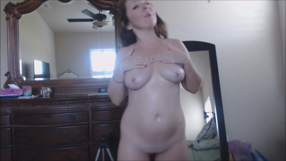 [Full HD] Melaniesweets Pregnant Belly And Boobs Lotion Massage MelanieSweets - ManyVids-00:05:31 | Fetish,MILF,POV,Latin - 343,3 MB