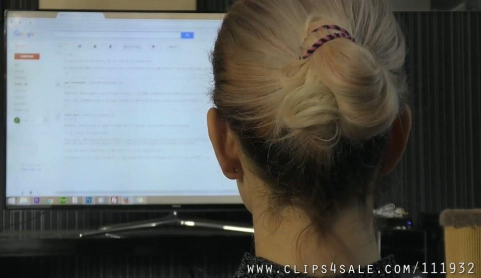 [Full HD] Mistress Helix. Becoming a Domme Mistress Helix - SiteRip-00:09:04   Tease, Femdom, Bondage, Mummification, Pantyhose - 289,8 MB