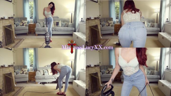 [4K Ultra HD] mistresslucyxx vacuuming in jeans 4k MistressLucyXX - ManyVids-00:06:29 | Housecleaning,Ignore,Jeans Fetish,Vacuuming,Voyeur - 473,1 MB