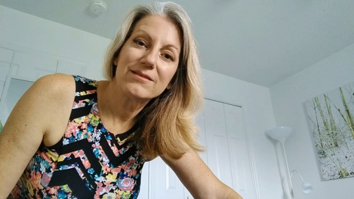 [HD] Morina Mommy Loves You MoRina - ManyVids-00:06:56   Mommy Roleplay, POV, Older Woman / Younger Man ., Mature, Mesmerize - 383,8 MB