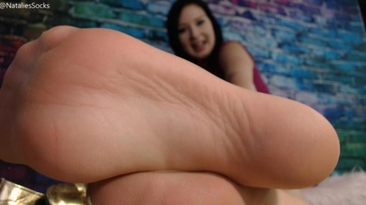 [HD] Nataliessocks New Foot Slave NataliesSocks - ManyVids-00:11:44 | Foot Slave Training, Foot Fetish, Pantyhose, Femdom, Feet JOI, SFW - 2,3 GB