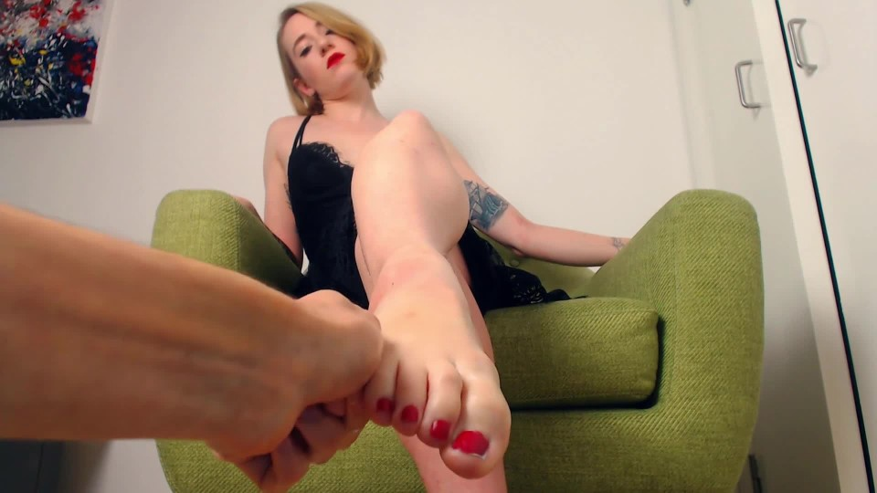 Queenfiona Foot Worshipping Amp Massage Pov