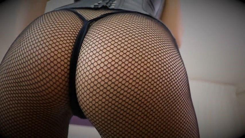 [HD] Queenregina Ass Worship QueenRegina - ManyVids-00:08:13 | Ass Fetish,Ass Worship,Female Domination,Femdom,Goddess Worship - 153,2 MB