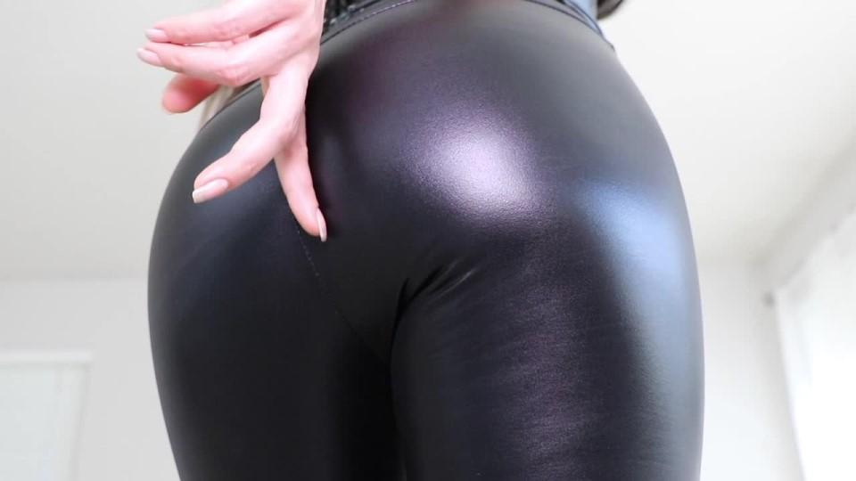 [HD] queenregina leather ass worship QueenRegina - ManyVids-00:07:23   Ass Fetish,Big Ass,Big Butts,Goddess Worship,Latex - 78,6 MB