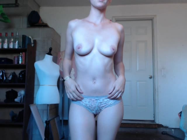 [SD] Roccocox A Quickie After A Slow Day On Cam RoccocoX - ManyVids-00:03:41 | Amateur, Blonde, Dildo Fucking, Hitachi - 118 MB