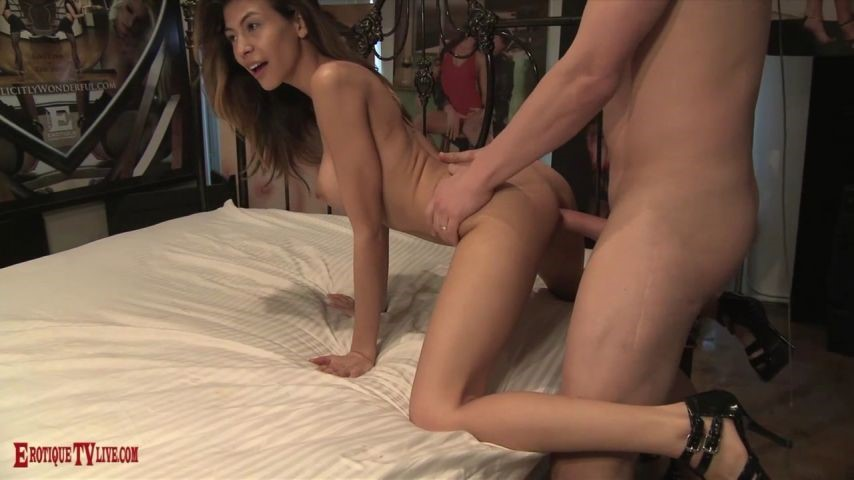 [HD] Theericjohn Heather Vahn Loves To Perform TheEricJohn - ManyVids-00:39:33 | Live Cams, Boy Girl, Blow Jobs, Pussy Eating, Fucking - 1,2 GB